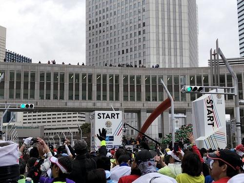 東京マラソンスタート.jpg